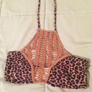 NWOT Acacia Swimwear Cheetah Panama Top Sz Small